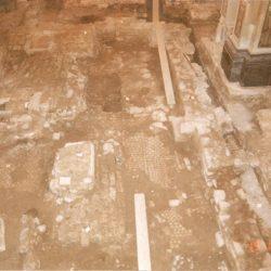 Resti della chiesa paleocristiana rinvenuti sotto il pavimento