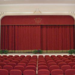 Veduta della sala verso il palcoscenico_post operam