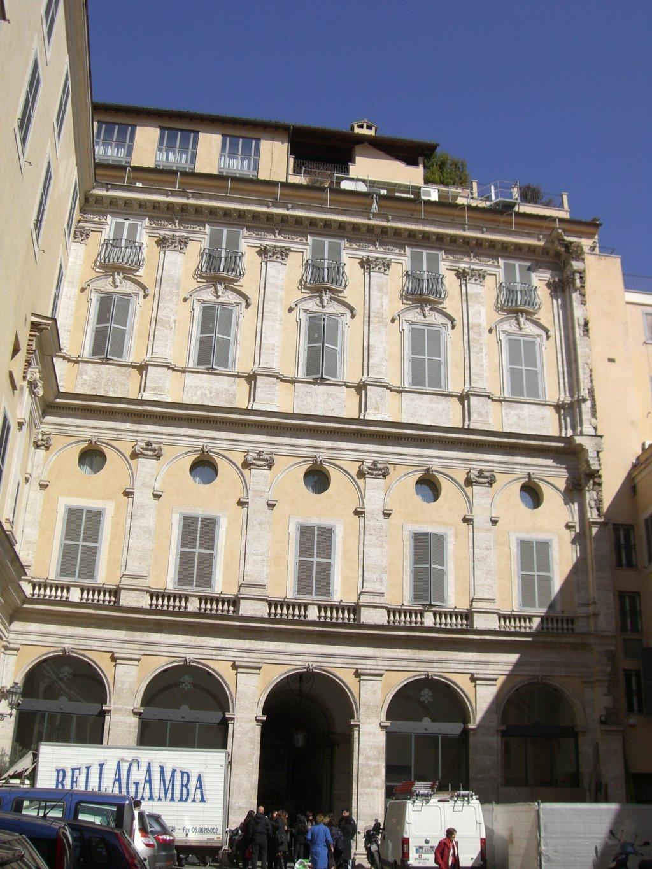 Palazzo maffei marescotti roma architetto anelinda di for Sauna del cortile chiavi