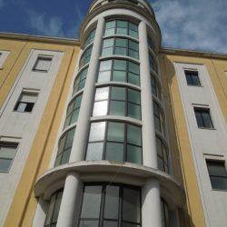 Dettaglio esterno della scala centrale